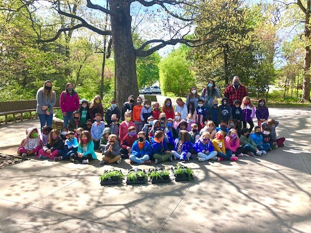AAA Kindergarten Class Celebrate Earth Day at Compton Gardens