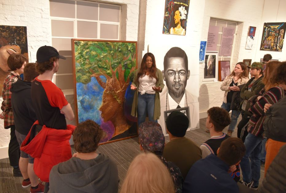 Junior Class visits Reflections of The Black Experience at the Rogers Historial Museum